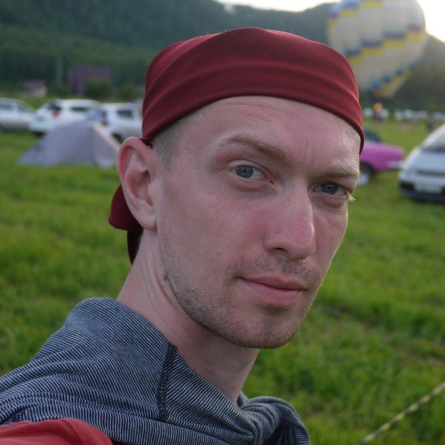 Олег Трушков